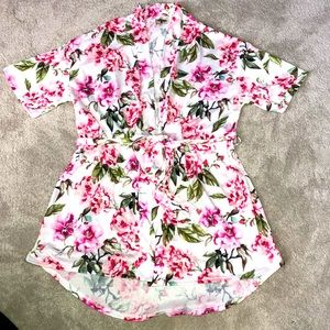 Show Me Your Mumu Robe Small Floral Print Pink